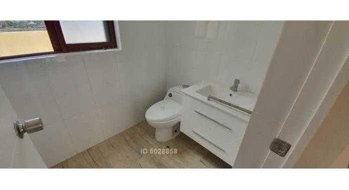 se vende casa solida de tres niveles condominio campomar 4 uf 5.500 ( se puede reservar )