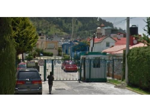 se vende casa ubicada en calle cerrada en protinbos