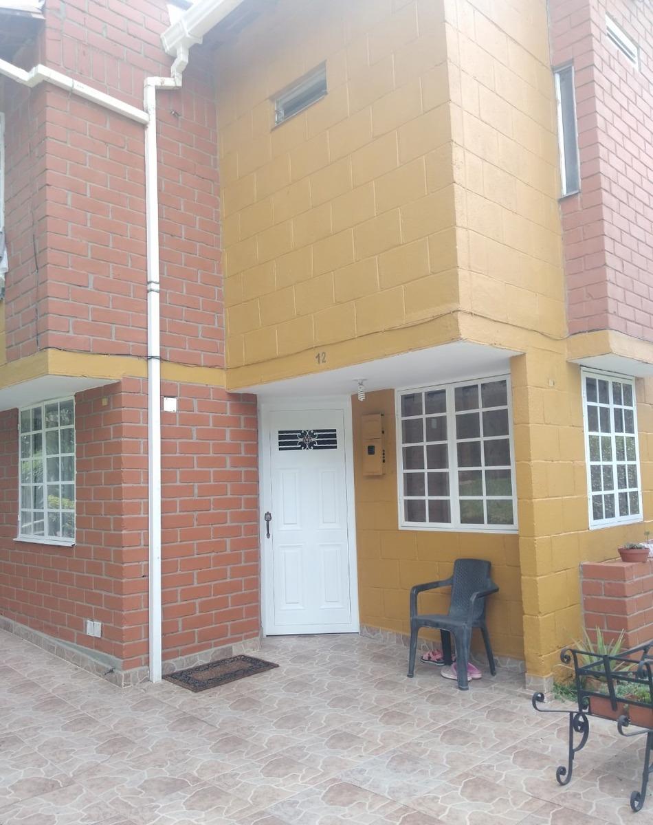 se vende casa unifamiliar en riachuelos