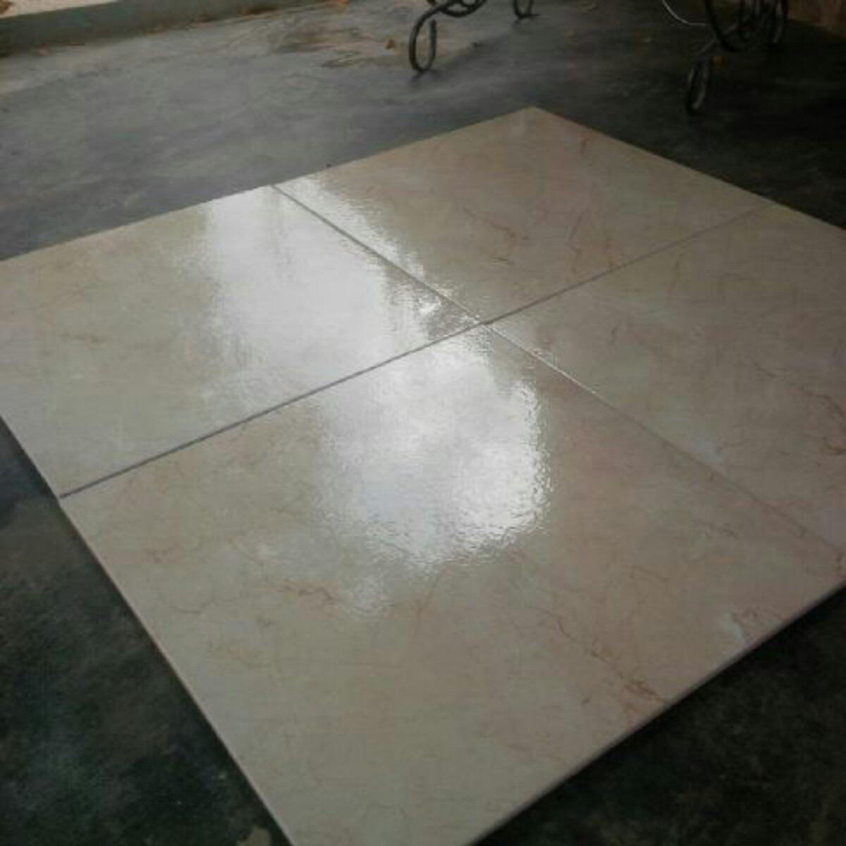 Se vende ceramica para piso de primera 45x45 bs 0 46 en for Ofertas de ceramicas para piso