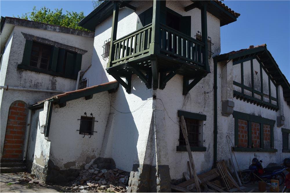 se vende chalet en duplex villa hortensia alberdi