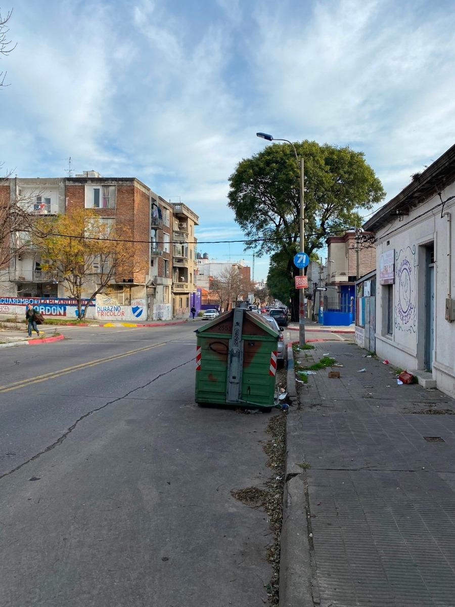 se vende cochera en barrio la blanqueada