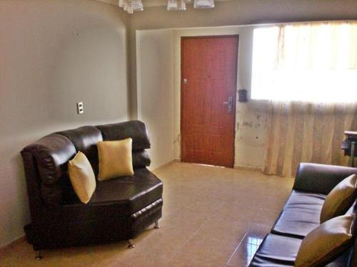 se vende comoda y espaciosa casa en el consejo 18-234