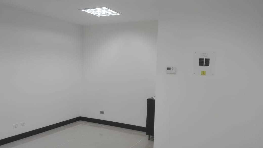 se vende consultorio en edificio de colores (jtd)