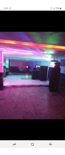 se vende discoteca bien ubicada