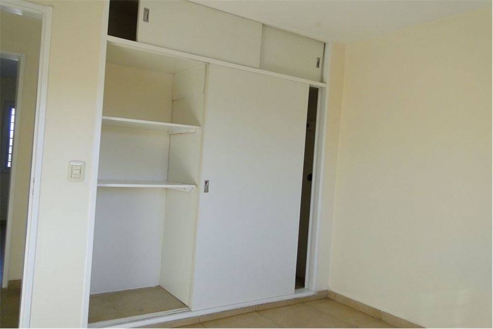 se vende duplex 3 dormitorios, quintas de arguello