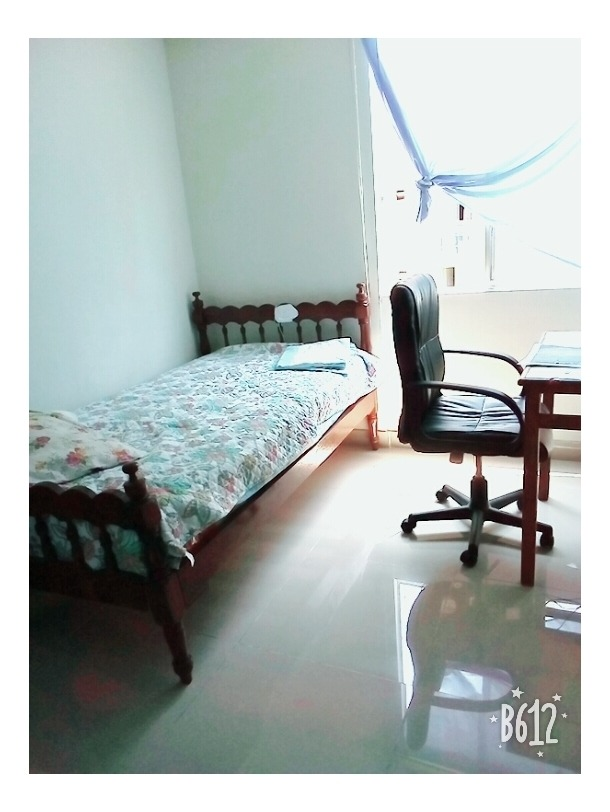 se vende duplex y aires en condominio