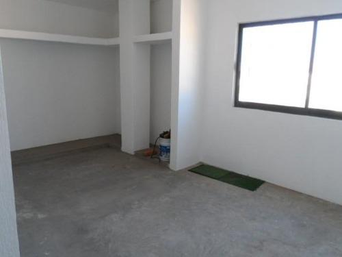 se vende edificio con locales, departamentos oficinas y terreno ideal