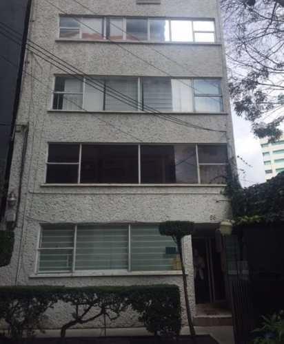 se vende edificio de 4 departamentos a una cuadra parque hundido