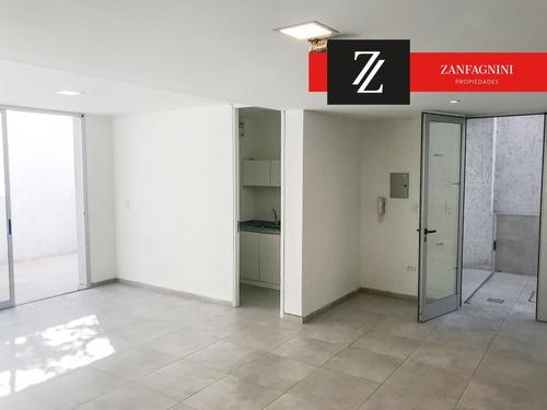 se vende edificio de 4 unidades y local comercial - mendoza capital
