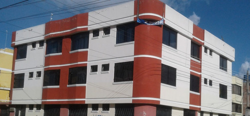 se vende edifico rentero en zona de universidad en riobamba
