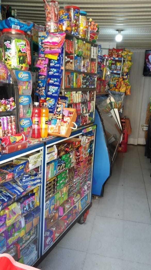se vende elementos para cigarrería. económico (sin local).