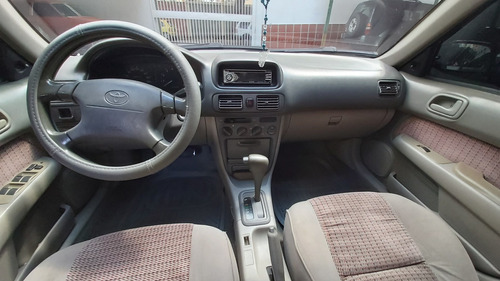 se vende espectacular toyota corolla impecable