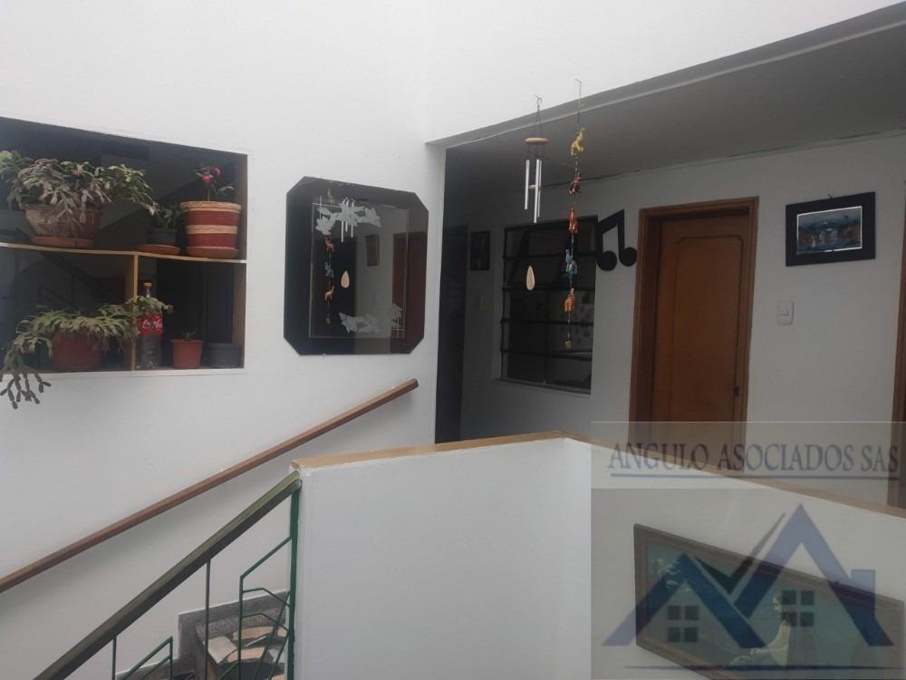 se vende excelente casa san fernando 3 niveles