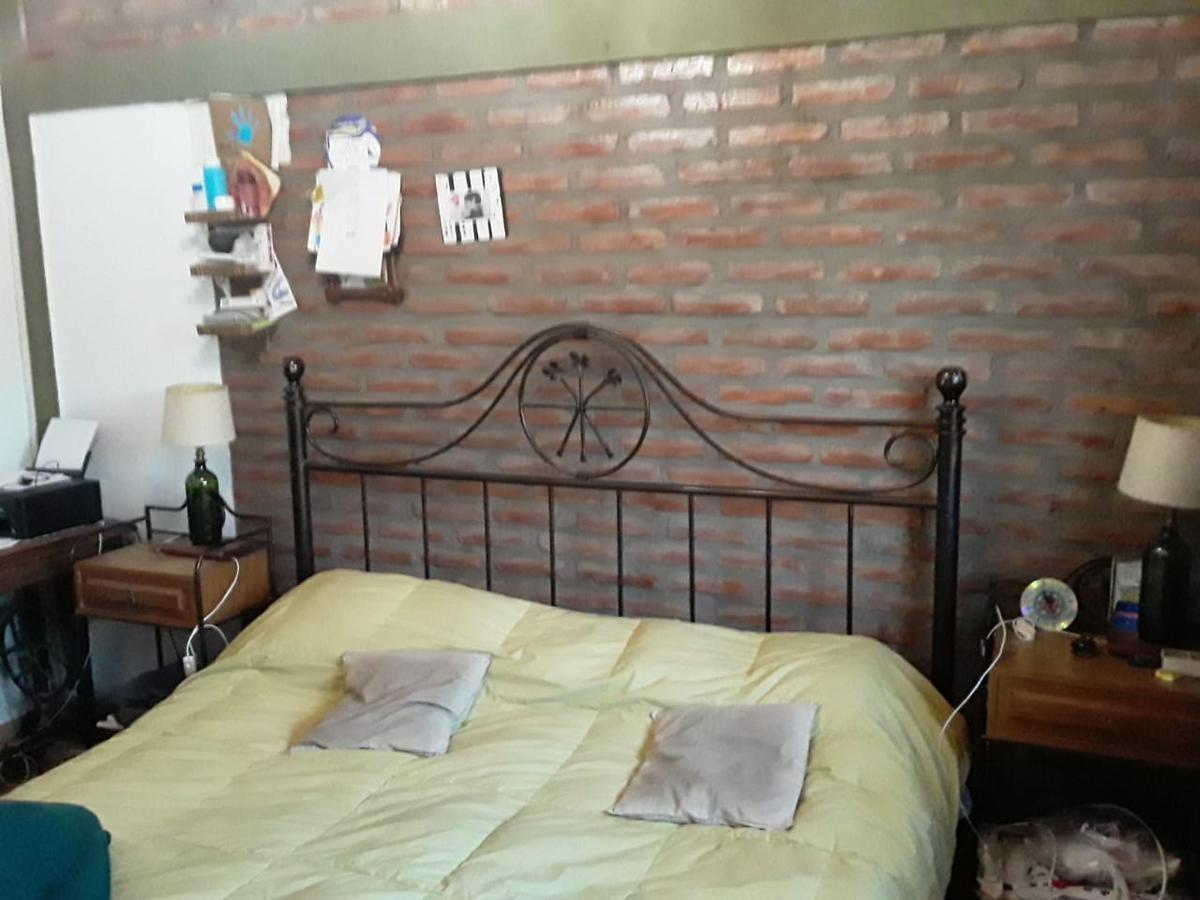 se vende excelente departamento 3 dorm, v. cabrera, vera y zarate 3074
