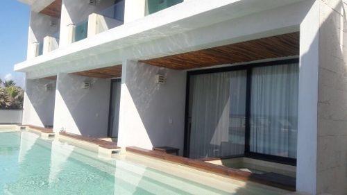se vende exclusivo hotel en tulum frente al mar en operación c2261