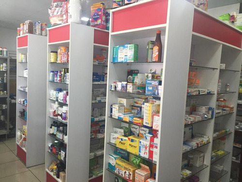 se vende farmacia en villa francisca