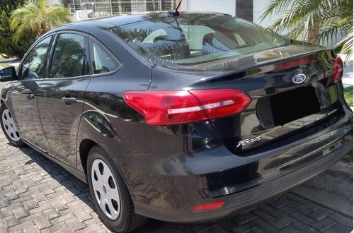se vende ford focus 2015-  precio a negociar !!