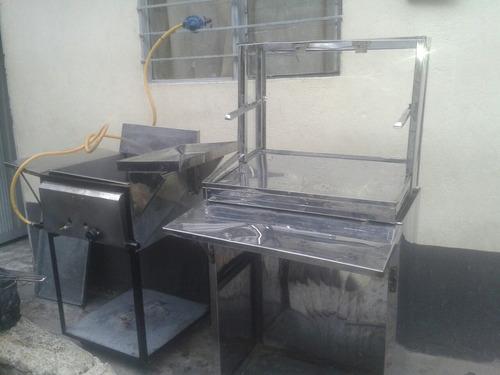 se vende frtatadora,vitrina y una mesa en acero inoxidable