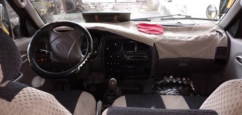 se vende furgoneta kia pregio 2010 con acciones y derechos.