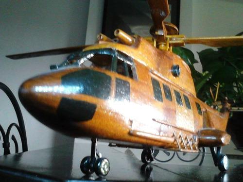 se vende helicóptero artesanal de pura madera..