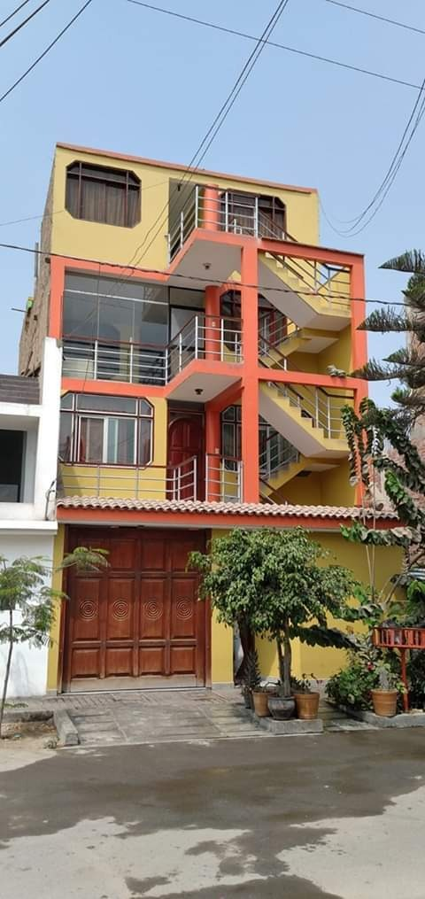 se vende hermosa casa de 4 pisos en santa clara- ate vitarte