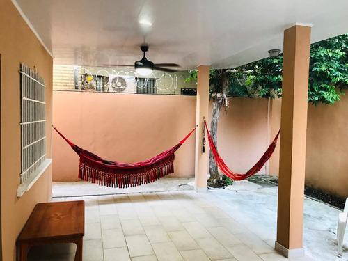 se vende hermosa casa en altos de panamá, 267mt2 ng- ysg