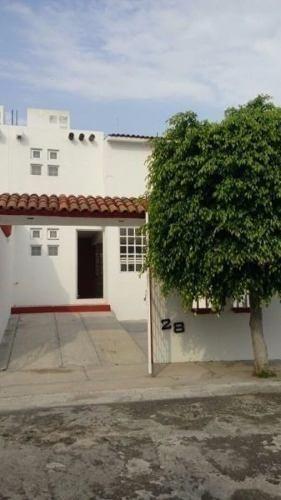 se vende hermosa casa en mision mariana, la propiedad cuenta
