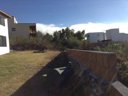 se vende hermosa residencia en vista real country club. 5 recámaras, roof garden