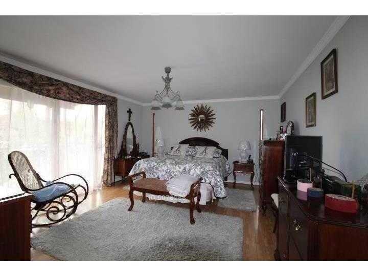 se vende hermosa y acogedora casa aislada