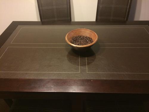 se vende hermoso comedor café oscuro por remodelación.