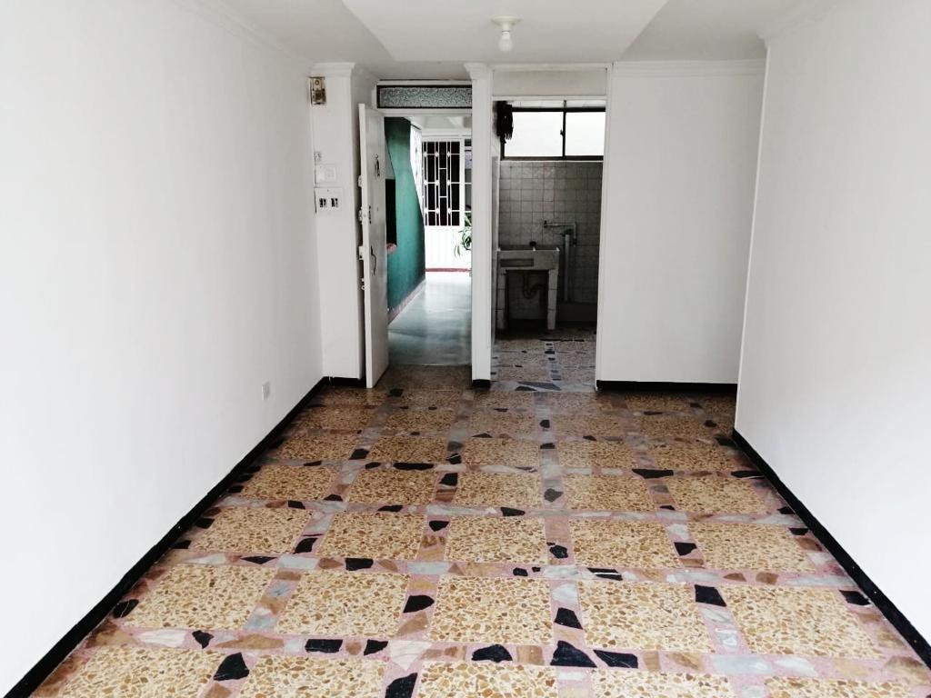 se vende hermoso y amplio apartamento