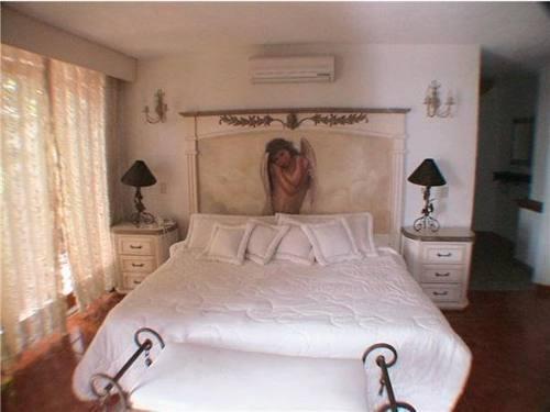 se vende hotel en lomas de cuernavaca