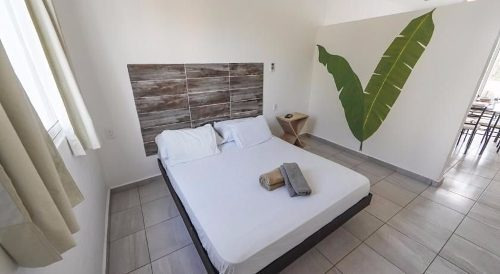 se vende hotel nuevo centro playa del carmen p2108