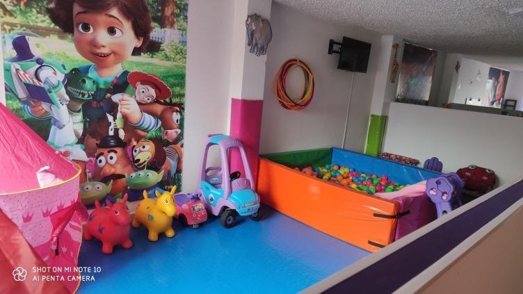 se vende jardín infantil