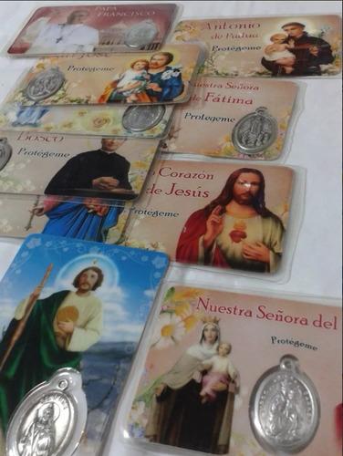 se vende las medallas en alpaca religiosas tipo tarjetas.