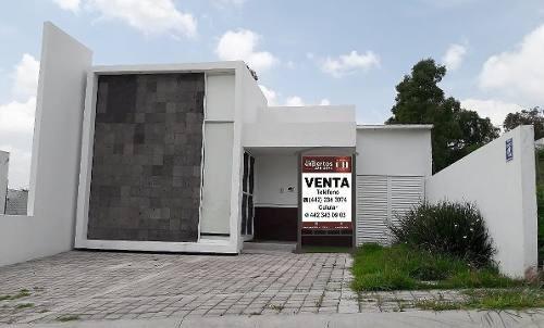 se vende linda casa en real de juriquilla
