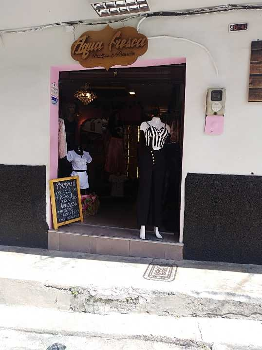se vende local comercial en le barrio belen