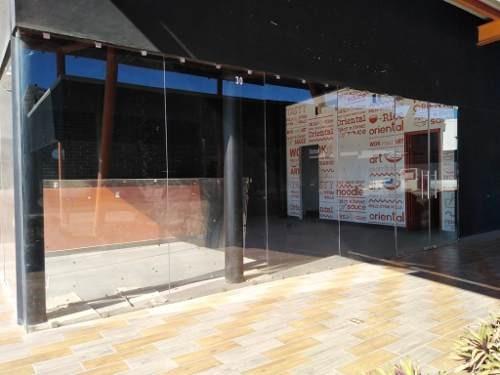 se vende local comercial en plaza novva, col. reforma