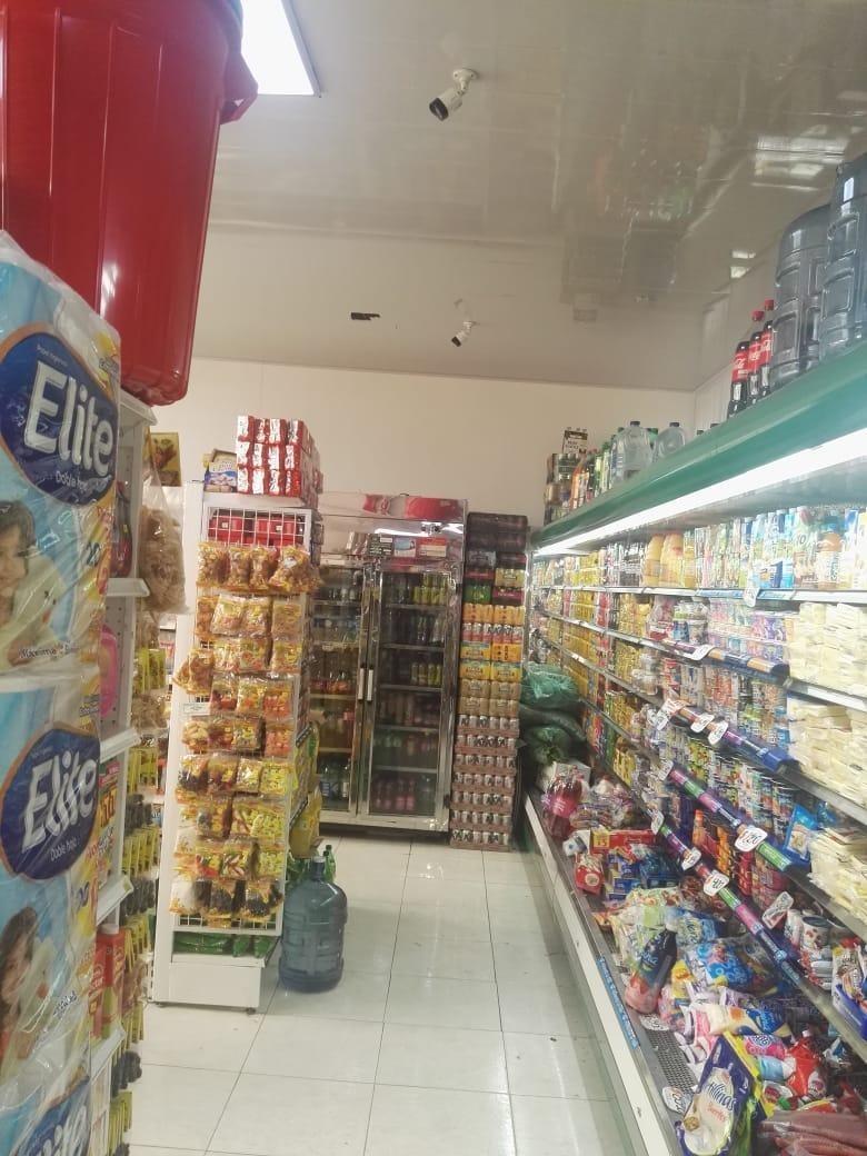 se vende local comercial super ubicado en mesitas