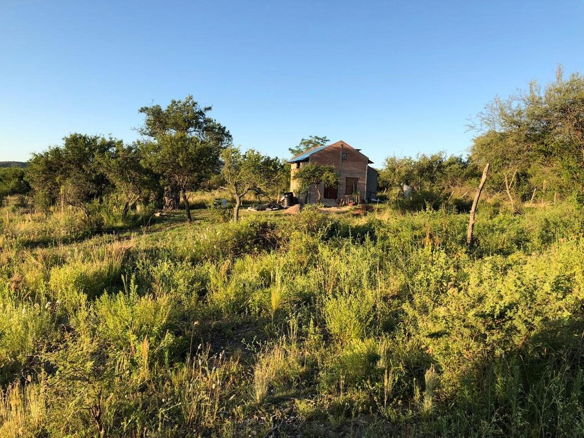 se vende lote de 1000 m2 en san lorenzo traslasierra