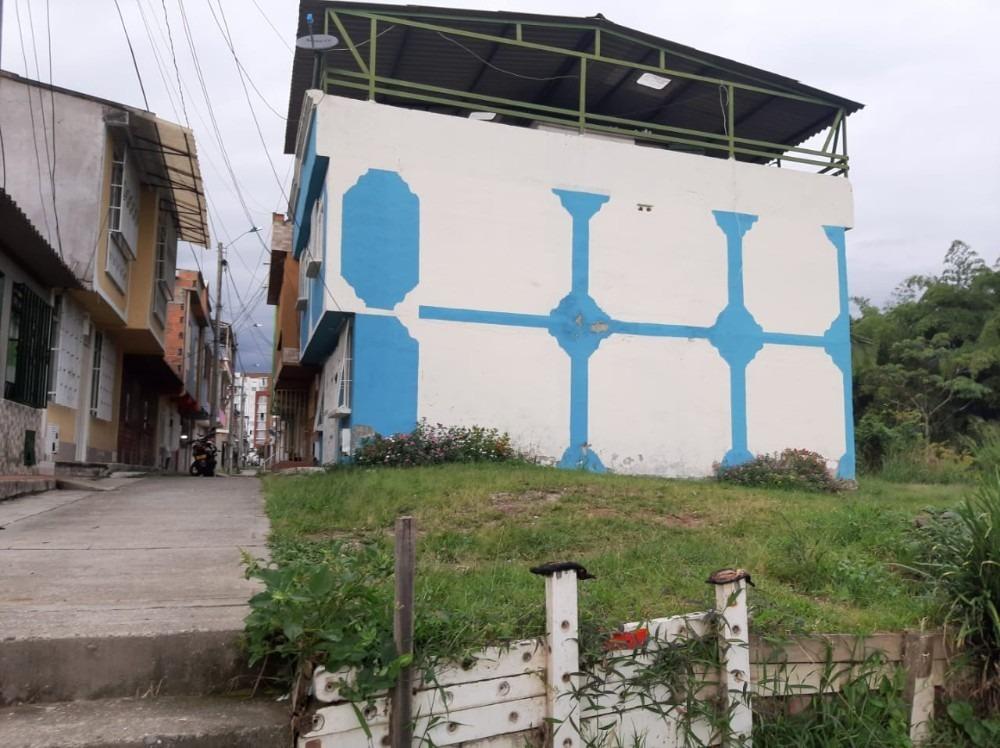 se vende lote en villa juliana montenegro