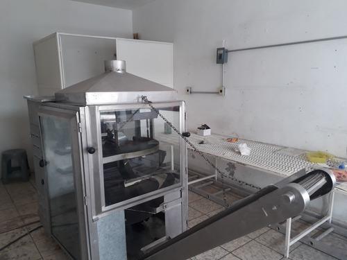 se vende maquina para tortillas de harina marca torcal