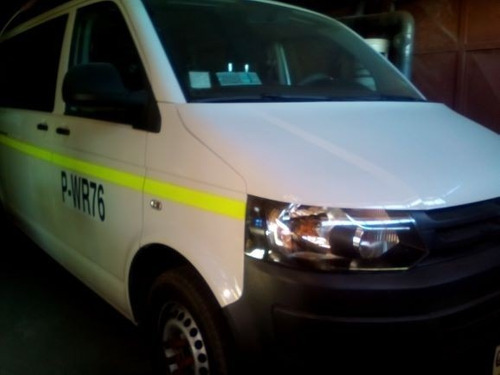 se vende minibus volkswagen furgón