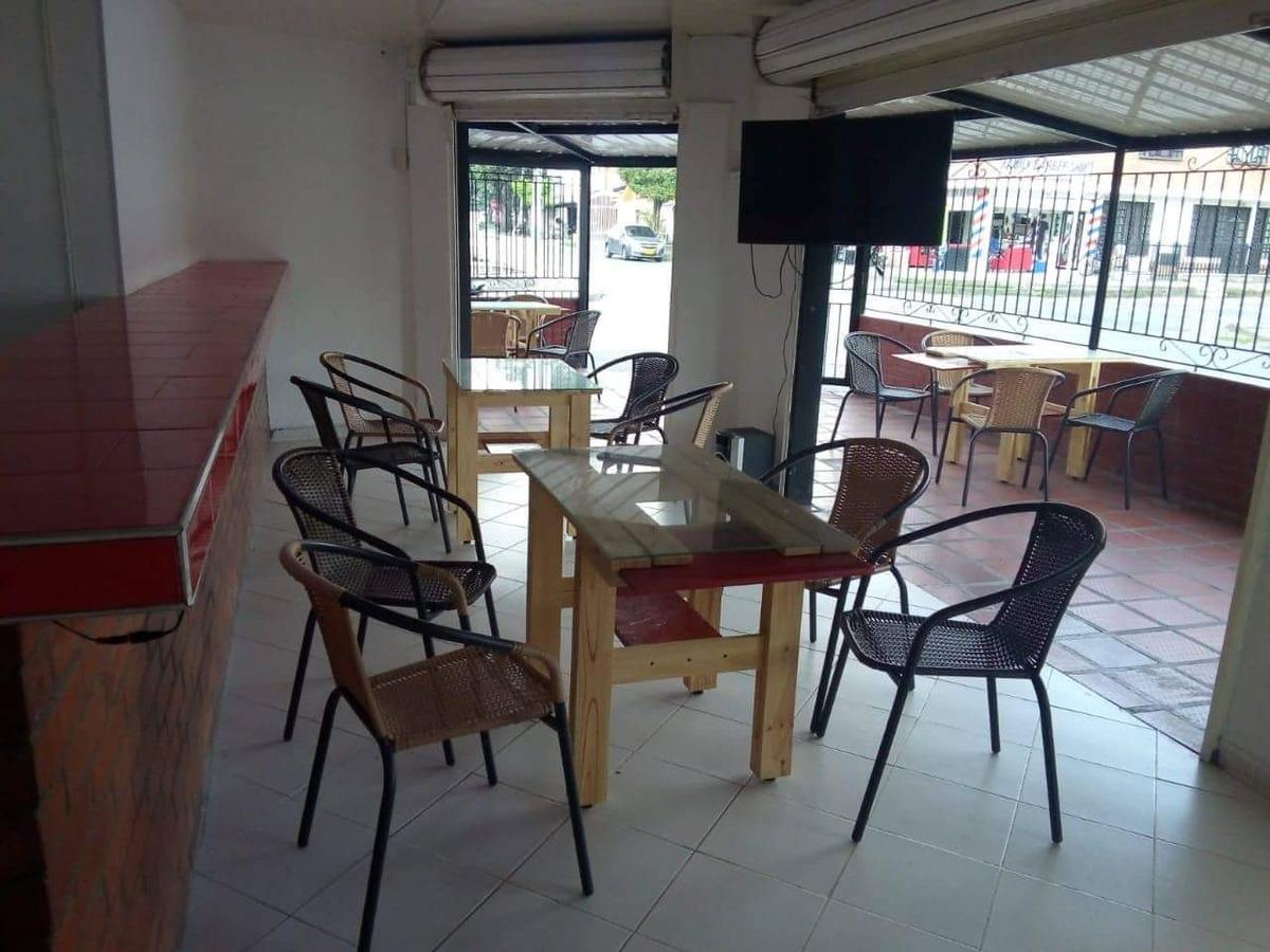 se vende mobiliario como nuevo en madera fina incluye : mesa