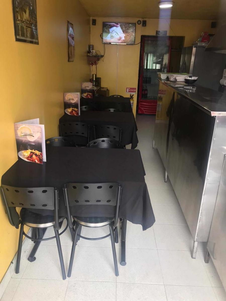 se vende mobiliario para montar restaurante