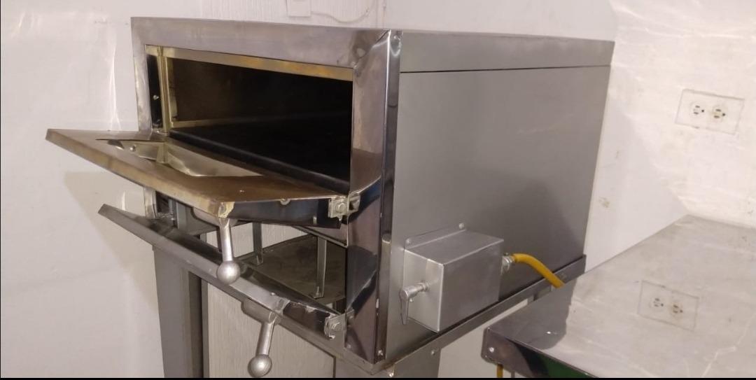 se vende montaje para equipo de pizzeria