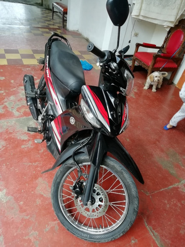 se vende moto crypton 115 en muy buen estado