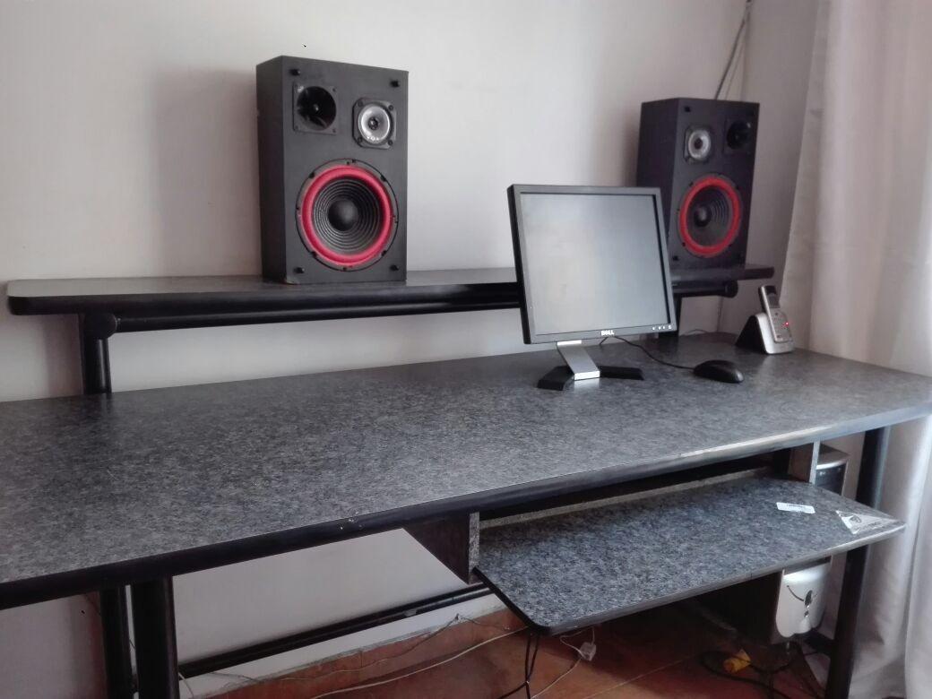 Se vende mueble para estudio u oficina en for Se vende muebles usados