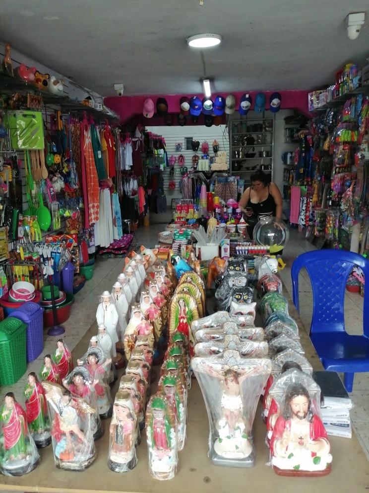 se vende negocio bien acreditado y con excelente ubicación.